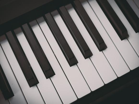 piano-580828_1280
