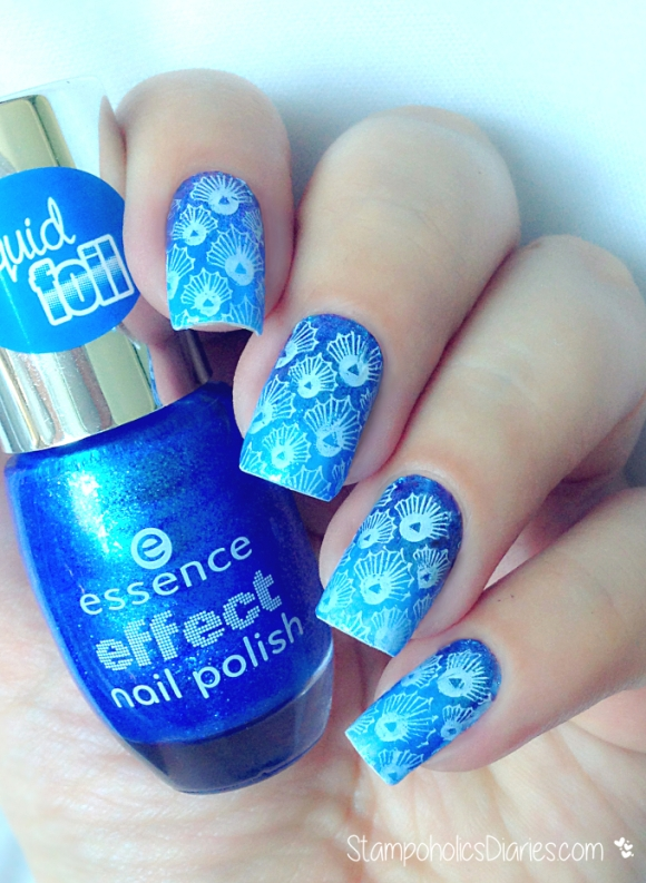 blue seashell nails BP-18 Born Pretty, Essence liquid foil 30 lady mermad, Essence 33 wild white ways.