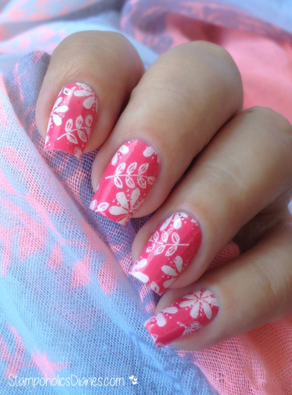 Flower Nails MoYOu Pro Collection XL-14 & China Glaze Surreal Appeal & Mundo de Unas 50 Pale Rose