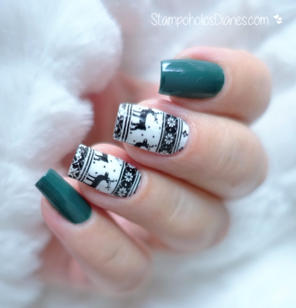 Reindeers Nails Essie Blanc, Going Incognito & Marianne Nails 53