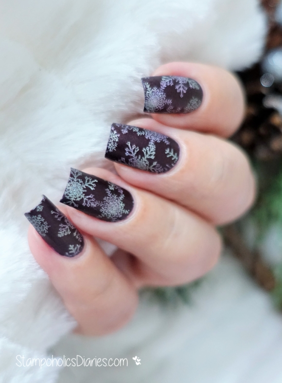 Snowflakes with Isadora 824 Vintage Wine, Born Pretty BPL-032, Moyra 255, 253